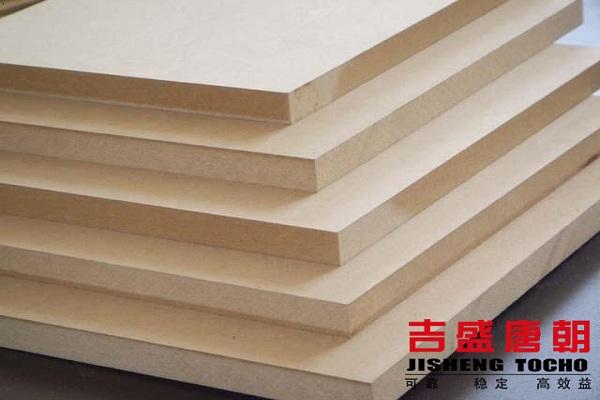 木饰家具用密度板还是胶合板?