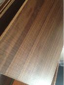 教你正确挑选家具板丨EO家具板丨榉木家具板